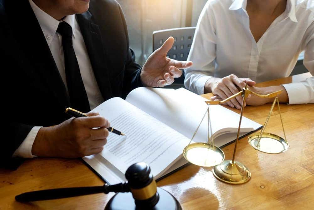 Arbitrator with a client